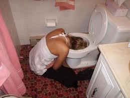 Tudi za to služi stranišče, žalostno.