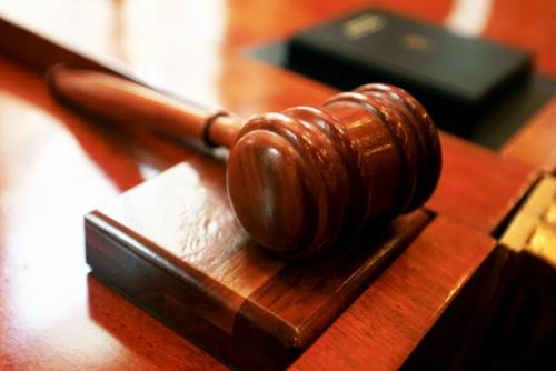 Policisti opaža porast  prijav zoper tožilce in sodnike.