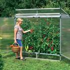 Hiška za rastline pristaja tudi na majhne vrtove. Idealna je za paradižnik, ki v njej uspeva na toplem in zaščiten pred dežjem. Pomembno je dobro prezračevanje.