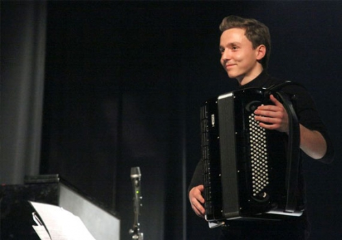Žan Trobas, harmonika