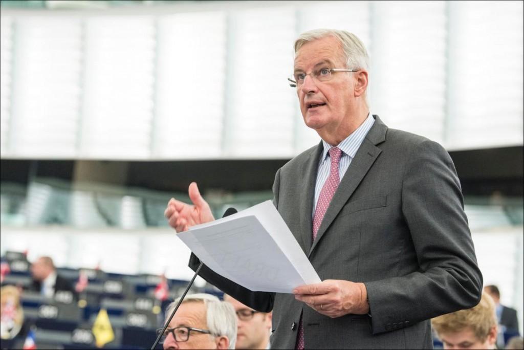 Michel Barnier, glavni pogajalec za brexit, med plenarno razpravo o stanju pogajanj z Združenim kraljestvom