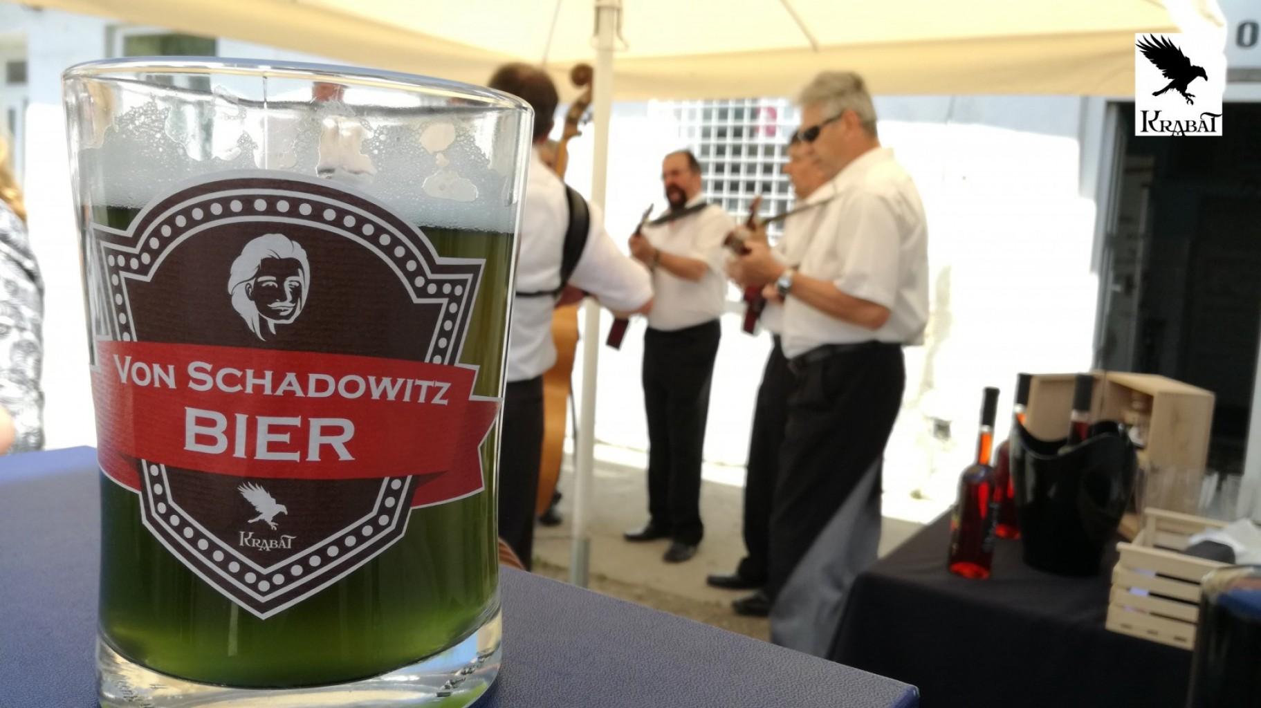 Sošice. Zeleno Von Schadowitz pivo, Malinovo vino in muzikantje
