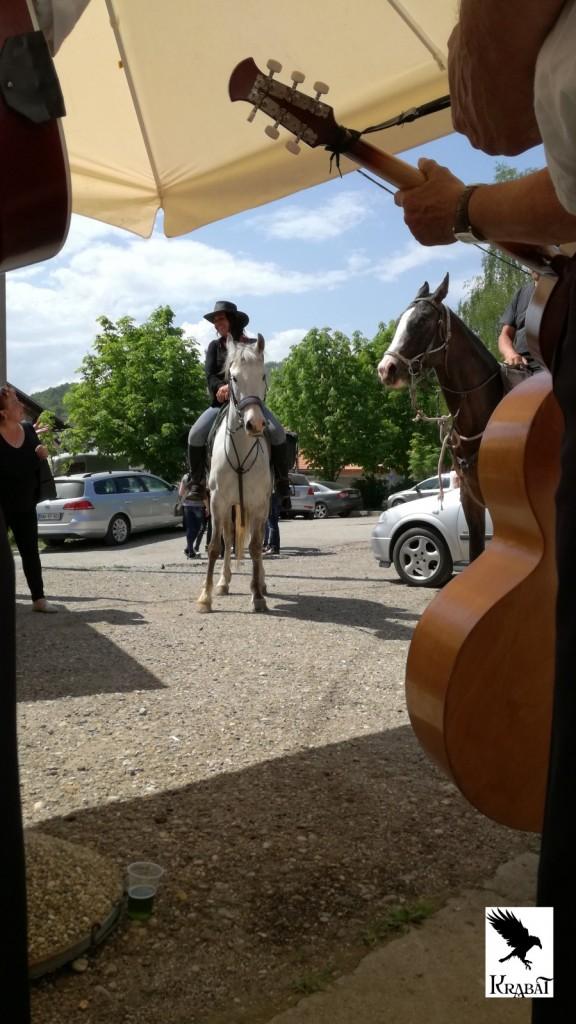 Sošice. Konji, glasba in pivo
