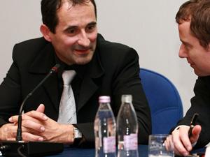 Janez Kopač (desno Tomaž Orešič) je že priznal sestanek s poslanci Socialnih demokratov, kjer so govorili tudi o bloku 6.