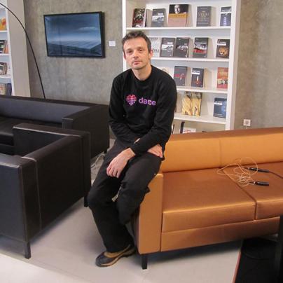 Koreograf Mitja Popovski je brez dlake na jeziku povedal, kaj si misli o Arniki in Niki.