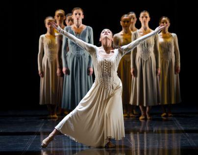 Kristina Aleksova je članica ljubljanskega baleta že deset let in je letos...