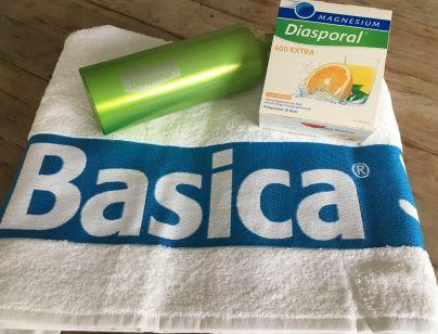 Drugouvrščena oziroma drugouvrščeni pa prejme brisačo, steklenico za vodo in paket Diasporal.<br>