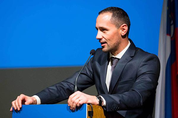 To je Anton Habjanič, predsednik sveta stranke Dobra država.<br>