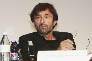 Vrhovni sodnik Miodrag Đorđević - Miki se je doslej potegoval že za tri visoke pravosodne funkcije, ampak vedno neuspešno.<br>