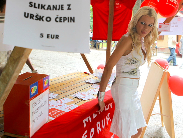 Slikanje z Urško Čepin je stalo 5 evrov.<br>