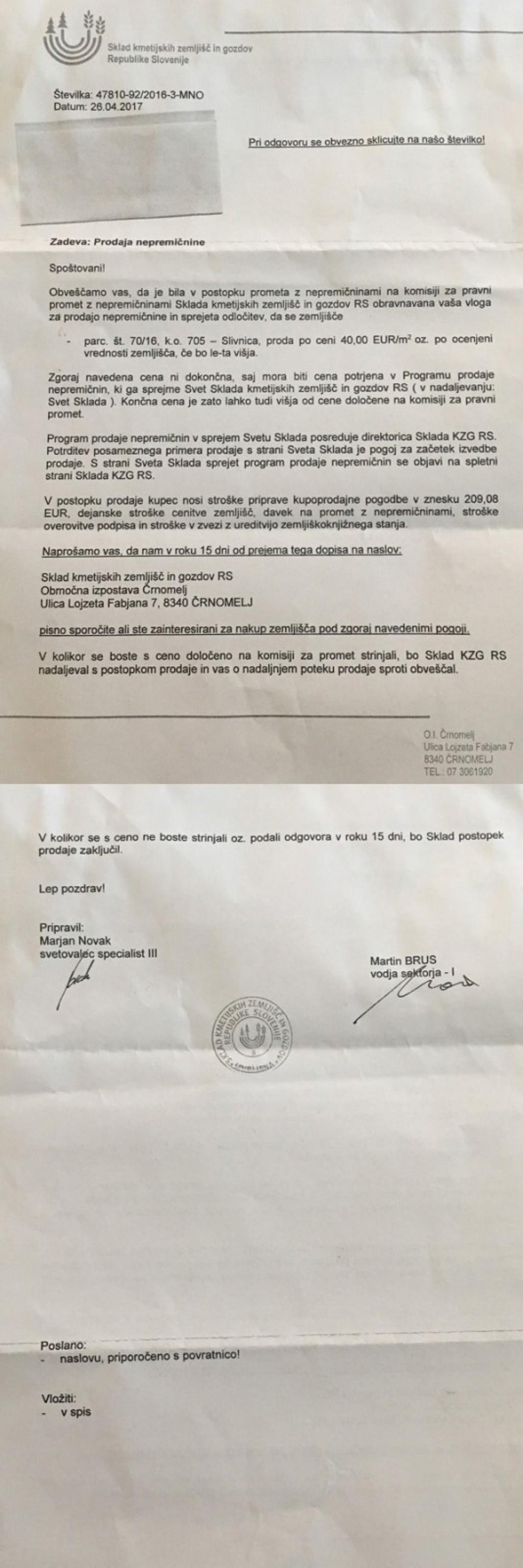 Zelo umazana zgodba: Cerarjeva vlada prek Sklada kmetijskih zemljišč in gozdov Republike Slovenije zemljo hoškim kmetom prodaja za 40 evrov, za potrebe Magne Steyr pa od hoških kmetov zemljo odkupuje po 6,5 evrov na kvadratni meter - pod grožnjami prisilne razlastitve (za povečavo kliknite na sliko)!<br>