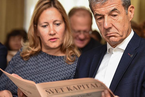 Irma Gubanec in Stojan Petrič, lastnik Dela. Gubančeva je časopisno hišo Delo zapustila pred dvemi leti.