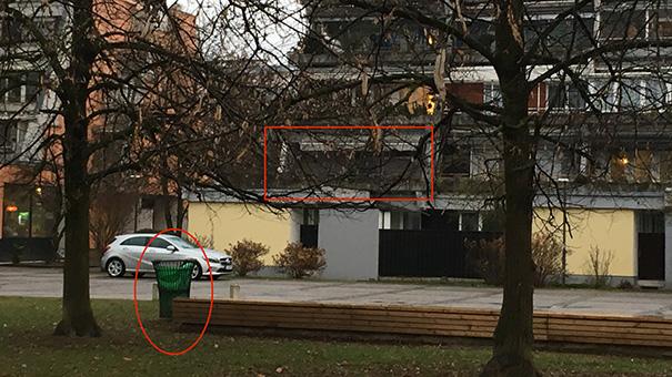 To sta novo stanovanje Borisa Kobala v Kosezah in smetnjak, kamor meče svoje domače smeti.