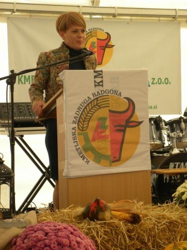 Ministrica dr. Aleksandra Pivec