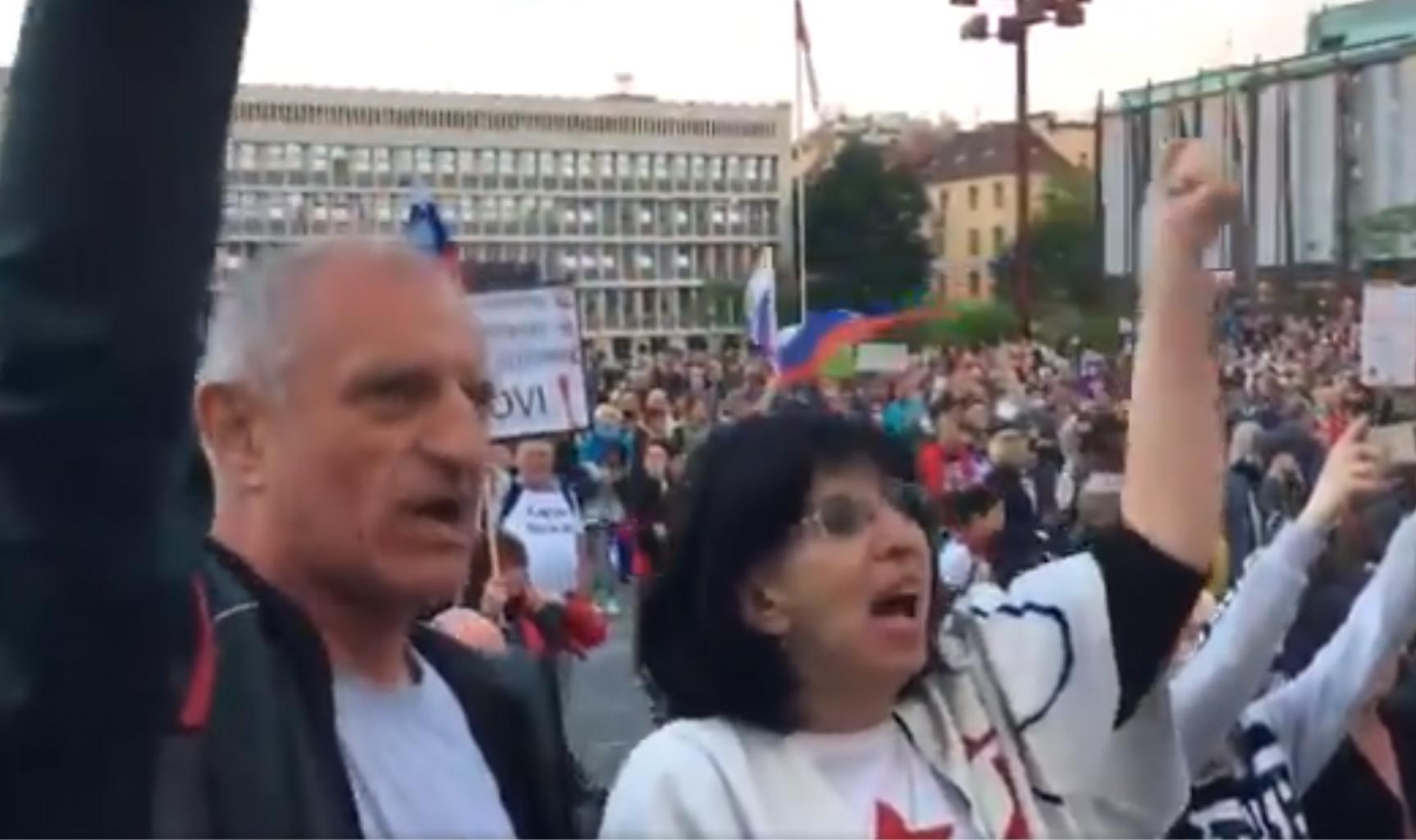 Svetlana Makrovič, ki tako iskreno sovraži slovenski rod. A vendar! Visoke pokojnine, ki jo na njen transakcijski račun