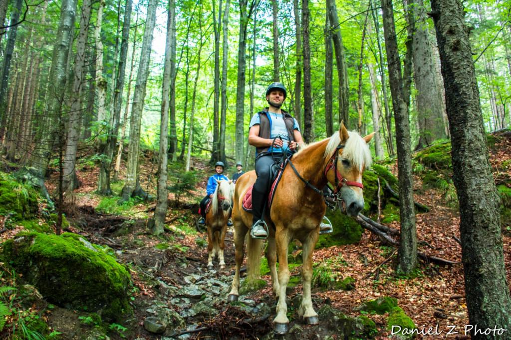 Tudi sam rad sede na konja in pravi, da bi se rad naučil še boljše jahati.