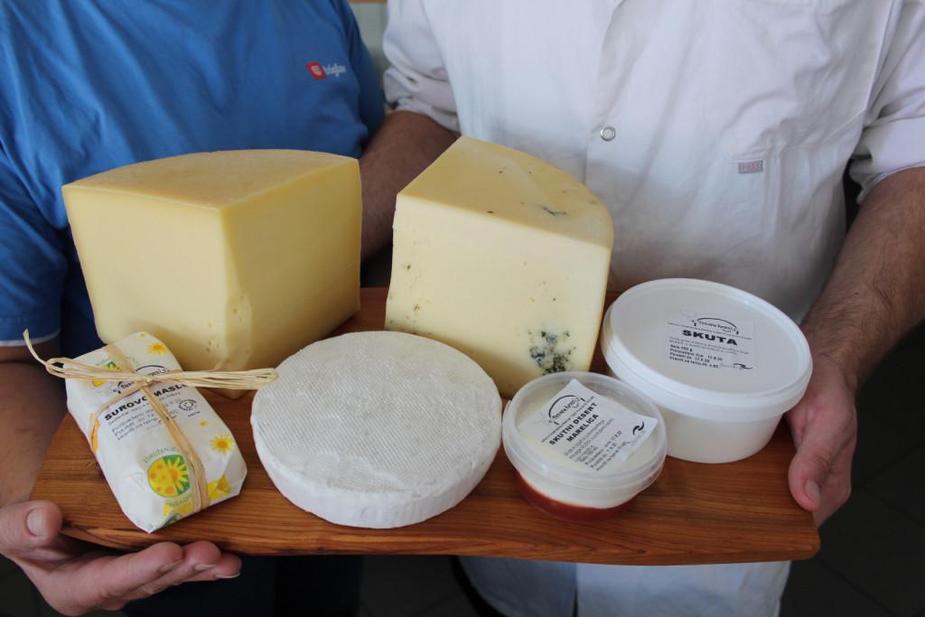 Štefetovi mlečni izdelki in sir