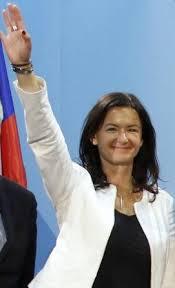 Čudne rabote Tanje Fajon pred kongresom SD? - e-Maribor