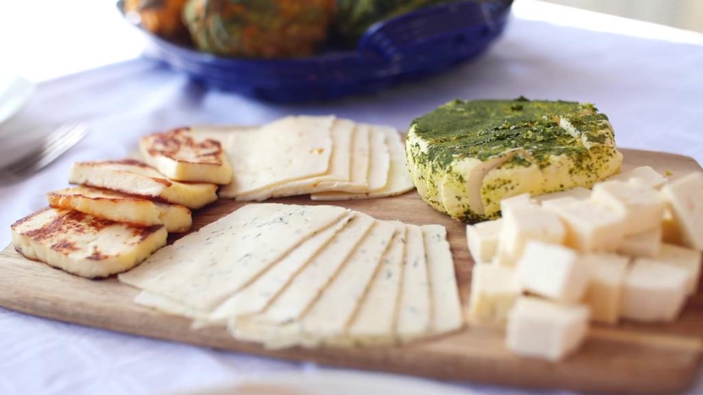 Najbolj so prepoznavni po paleti svežih sirov.