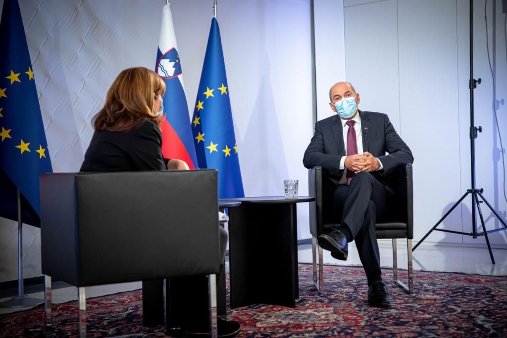Predsednik vlade Janez Janša gost oddaje Odmevi