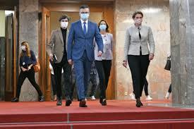 """Opozicija bi ustavljala """"vlak norosti"""" - Primorske novice"""