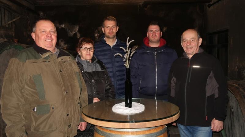 družina Protner: Bojan, Darja, Denis, Kristijan in Miran.