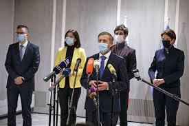 Erjavec zatrjuje, da bo v drugo vztrajal do konca - Primorske novice