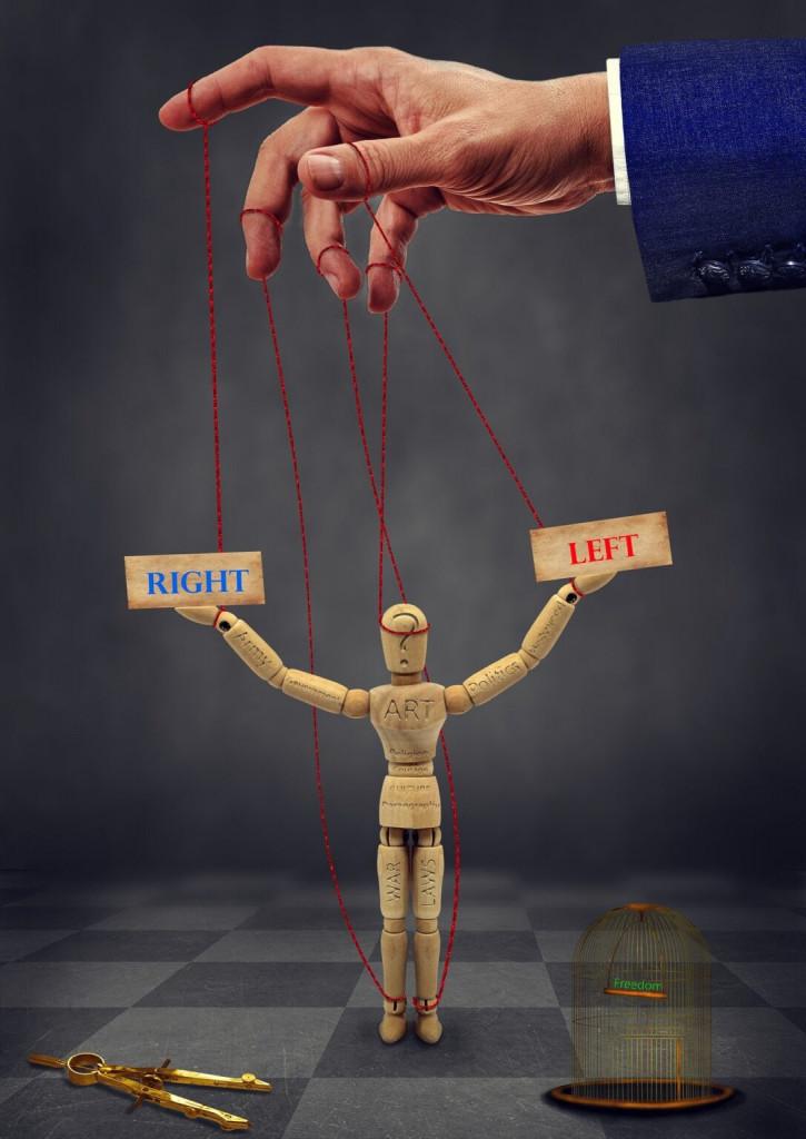 Javnost ne skriva, da je sita bojev med levico in desnico. / vir slike: Pixabay