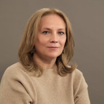 Dr. Amalija Maček
