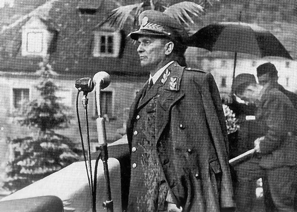 Jugoslovanski diktator Jospi Broz Tito v Ljubljani