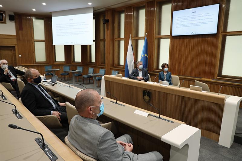 3. konferenca ob Svetovnem dnevu varnosti hrane  2021 (Foto: Milan Skledar)