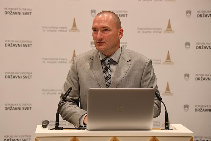Dr. Jože Podgoršek, kmetijski minister. 3. konferenca ob Svetovnem dnevu varnosti hrane  2021 (Foto: Milan Skledar)