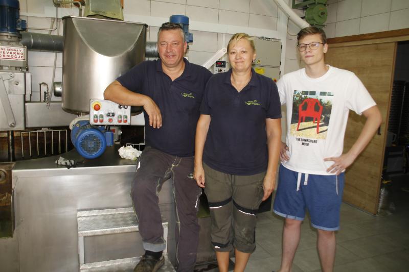 Svenškovi (od leve): Boris, Lidija in Tomi.