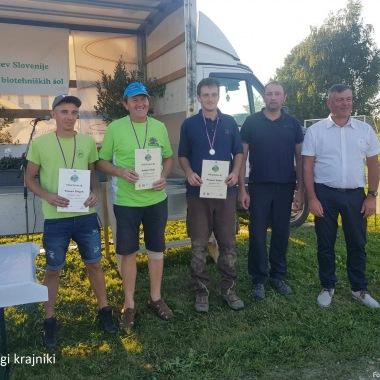 Obračalni plugu (od leve): Tomaž Divjak, Anton Filak in Primož Sukič.