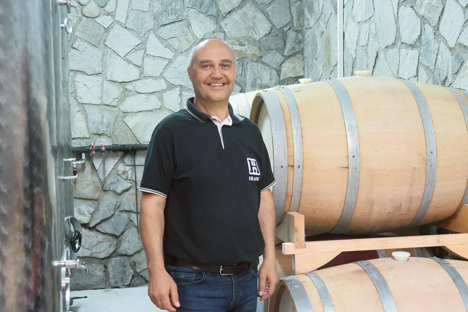 Prelomnica na poti h kakovostnim vinom Hlade je bila izgradnja nove klet  v letih 2009-2010.