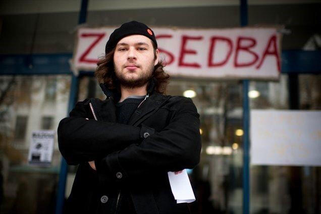 Ali bo poslanec Levice Miha Kordiš tudi v morebitni koaliciji KUL vztrajal, da se program Levice izvede do potankosti? (Foto: Posnetek zaslona- Levica)