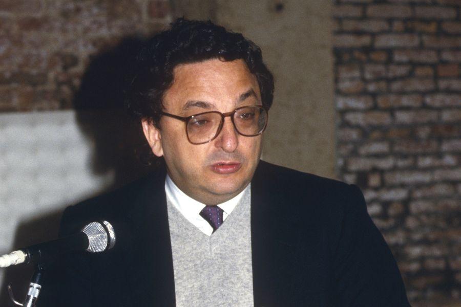 Gianni De Michelis je napovedal mednarodno priznanje Slovenije v dveh mesecih. | Avtor Gorup de Besanez/Wikipedia