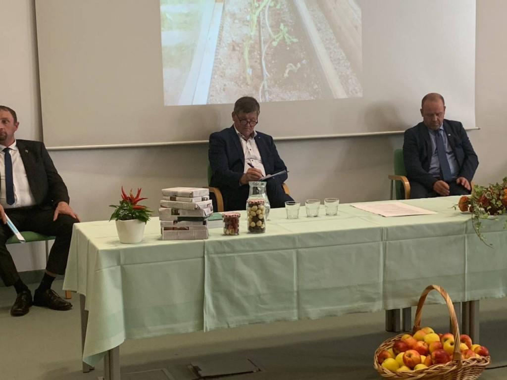 Okrogla miza: Koliko, kako in kje pridelovati zelenjavo in sadje za samooskrbo Slovenije